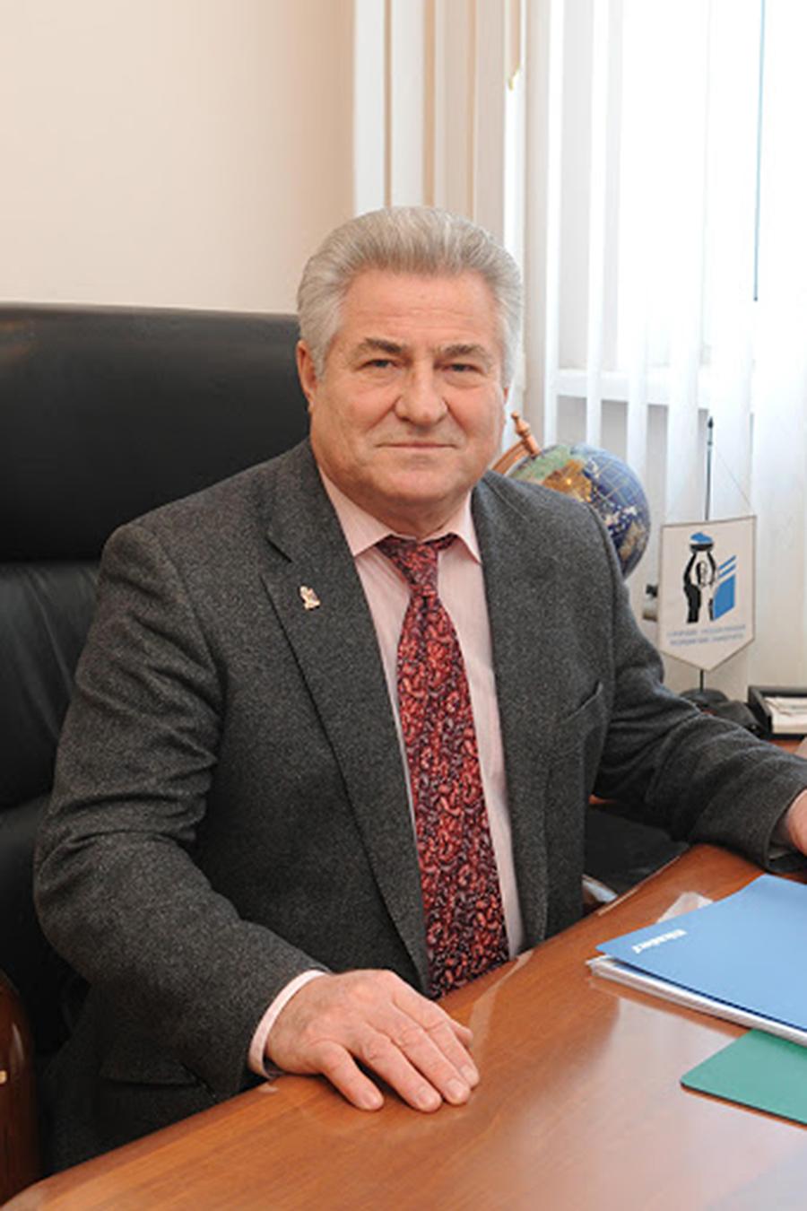 Котельников Геннадий Петрович